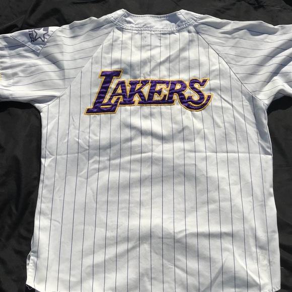 216e6501661 NBA Los Angeles Lakers starter baseball jersey. M 5b1c8e92c2e9fe8786e84cd6